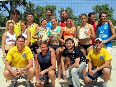 В Херсоне прошел І тур чемпионата страны по пляжному волейболу
