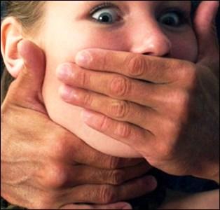 Великоалександровского педофила, который насиловал племянницу, осудили на 10 лет тюрьмы