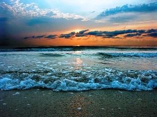 В Черном море аномально холодная вода - синоптики