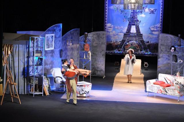 Херсонцы отметили День театра вместе с любимыми артистами