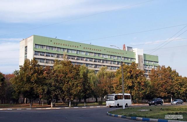 """Стратонов обещает """"лежащих полицейских"""" возле ХГУ, а Спиваковский предлагает просто перекрыть улицу"""