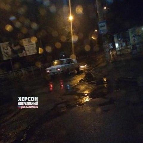 В Херсоне в предрассветных потемках ВАЗ сбил пешехода