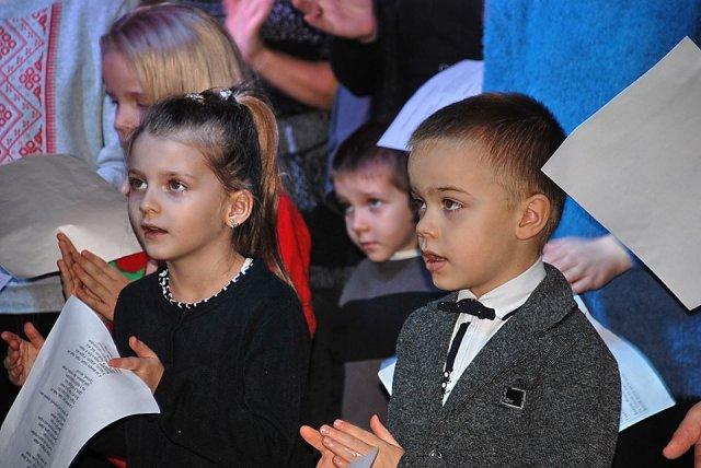 Херсонцы спели хором песню Тарабаровой