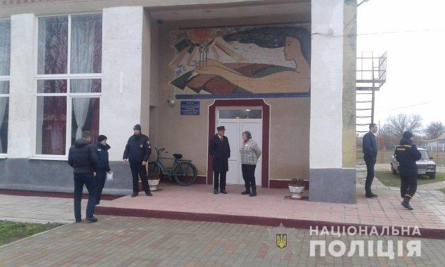 На Херсонщине начались выборы в 3-х районах
