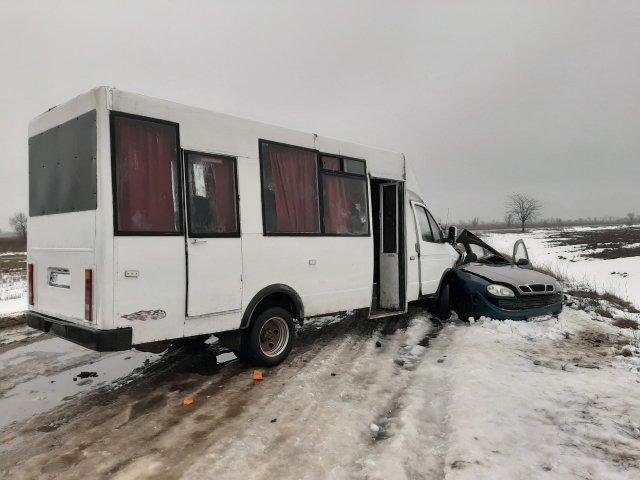 Подробиці страшної аварії на трасі Херсон-Снігурівка (фото)