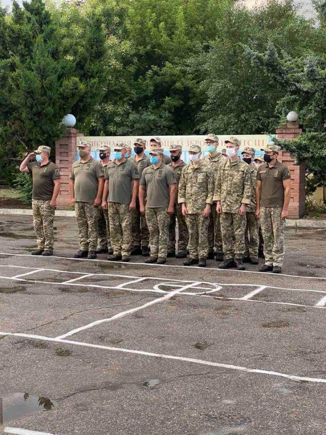 Военной части в Херсоне подарили телевизор ко дню Военно-воздушных сил Украины