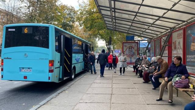 Посилення карантину: як у Херсоні працює громадський транспорт